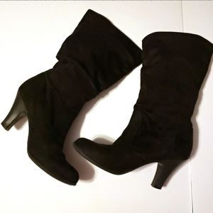 Jaclyn Smith Knee High Black Faux Suede Boots